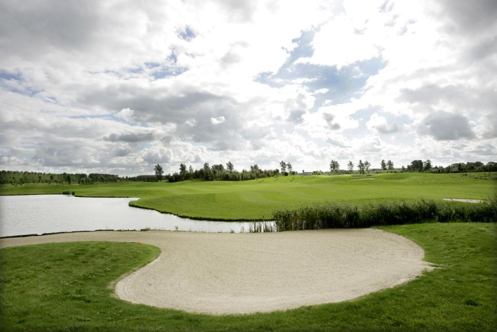 Hampshire golfhotel waterland purmerend online for Golfhotel purmerend