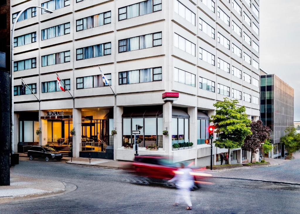 The Hollis Halifax A Doubletree Suites By Hilton