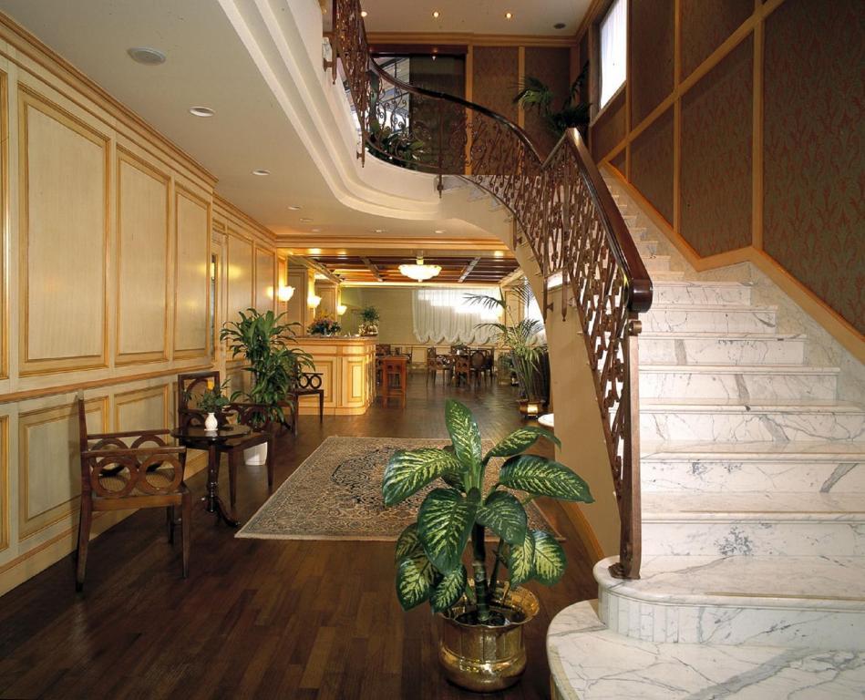 Hotel de la ville saint vincent online booking viamichelin - Hotel vincent ...