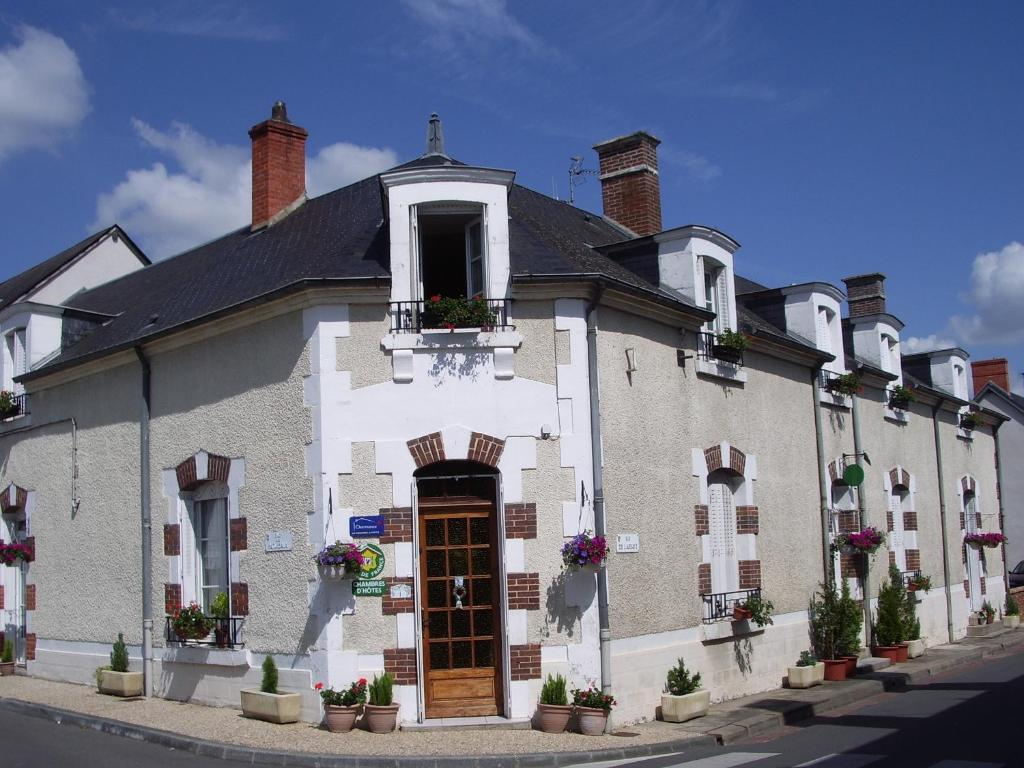 Les glycines r servation gratuite sur viamichelin for Site de reservation hotel francais
