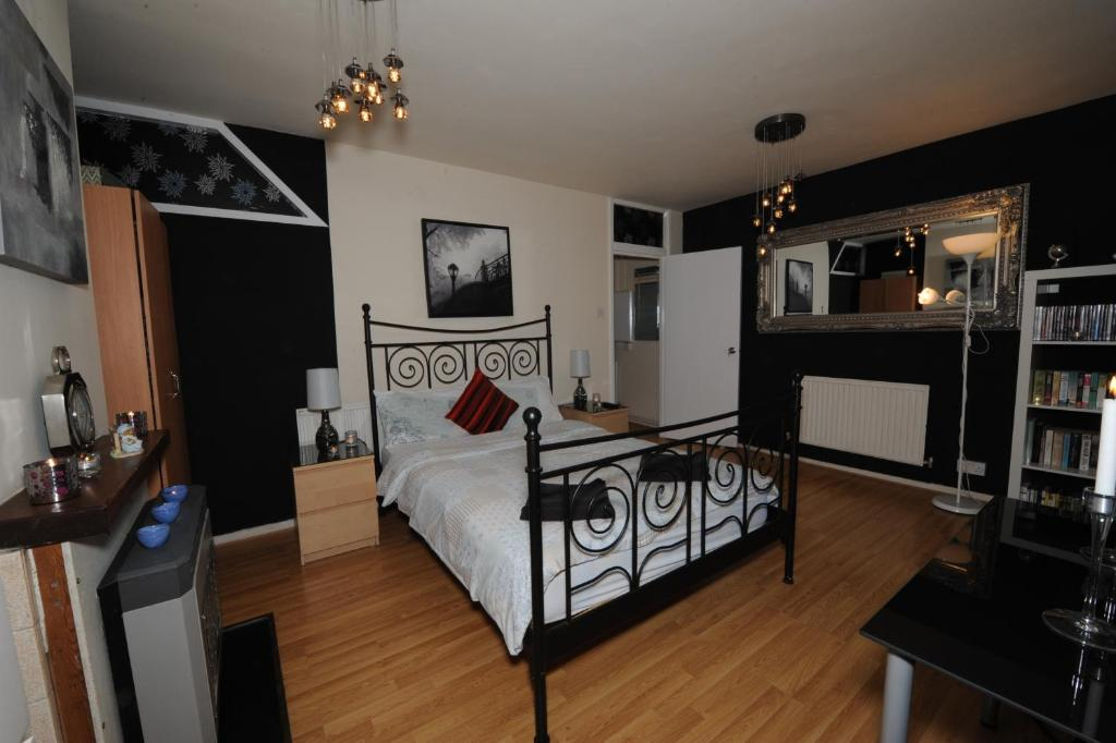 east bloomfield chat rooms For rent east bloomfield, for rent $1,395 apartment 1 rooms 1 bedrooms 1 bathrooms furnished 1 bedroom apartmentnew, for rent east bloomfield.