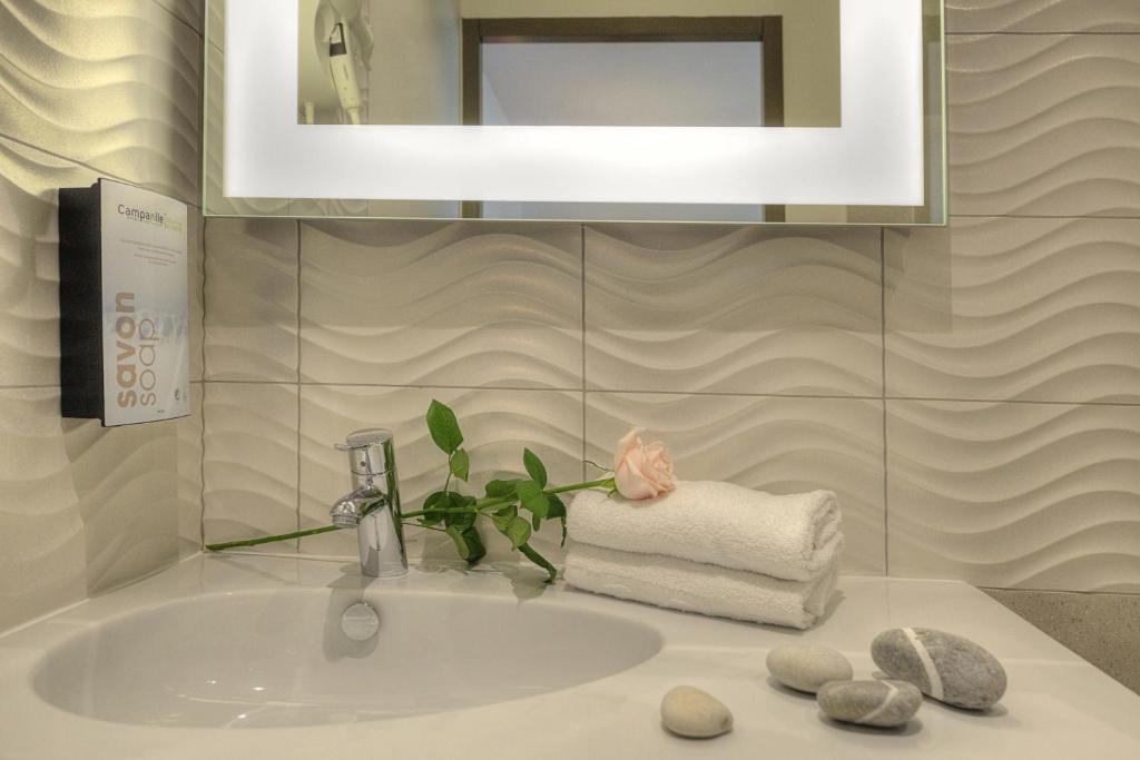campanile annecy centre gare annecy informationen und buchungen online viamichelin. Black Bedroom Furniture Sets. Home Design Ideas