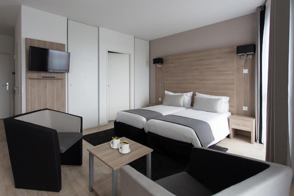 tulip inn lille grand stade residence villeneuve d 39 ascq. Black Bedroom Furniture Sets. Home Design Ideas