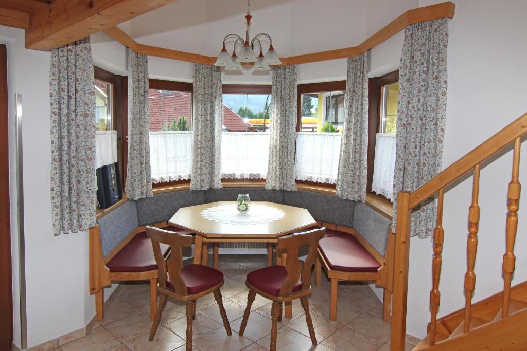 Acherkogelblick oetz prenotazione on line viamichelin for Affitti cabina sole valle