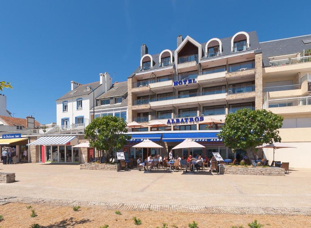 Hotel albatros quiberon for Hotel quiberon piscine