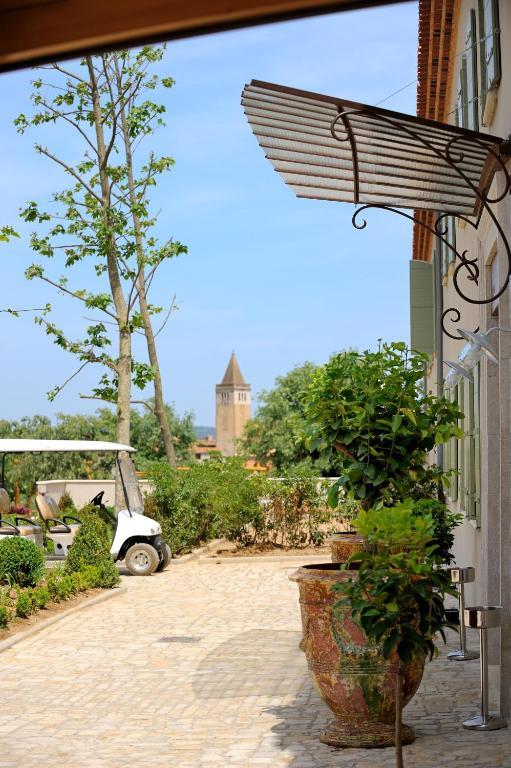 Hotel les jardins de saint benoit saint laurent de la - Les jardins de st benoit st laurent de la cabrerisse ...