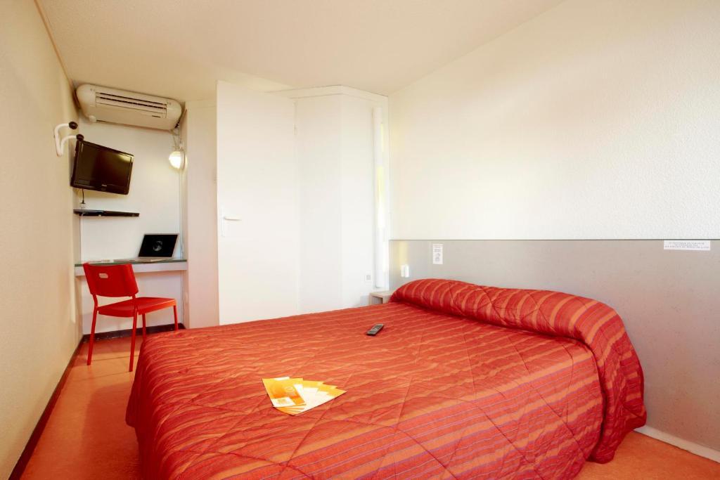 Premiere classe salon de provence salon de provence viamichelin informationen und online - Hotel f1 salon de provence ...
