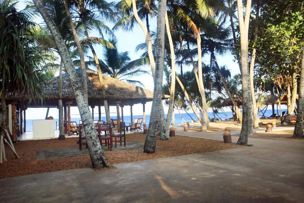 Thejan beach cabanas ambalangoda prenotazione on line for Piani di progettazione cabana