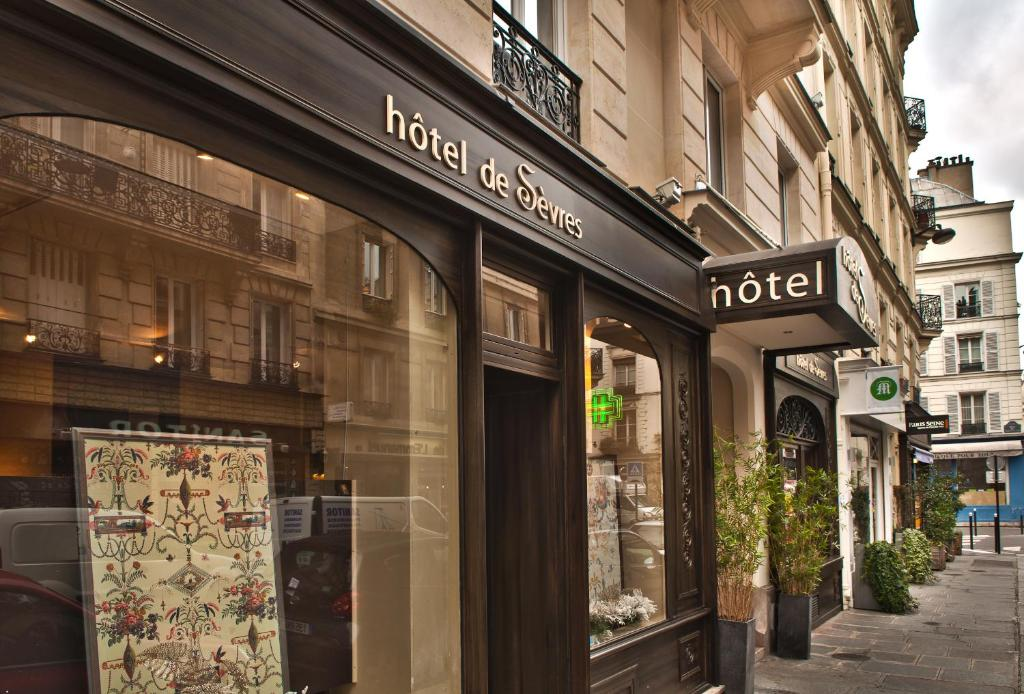 H tel de s vres paris online booking viamichelin for Hotels 75006