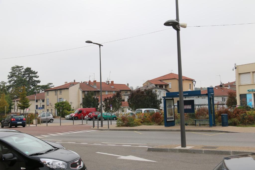 Hotel Saint Symphorien D Ozon