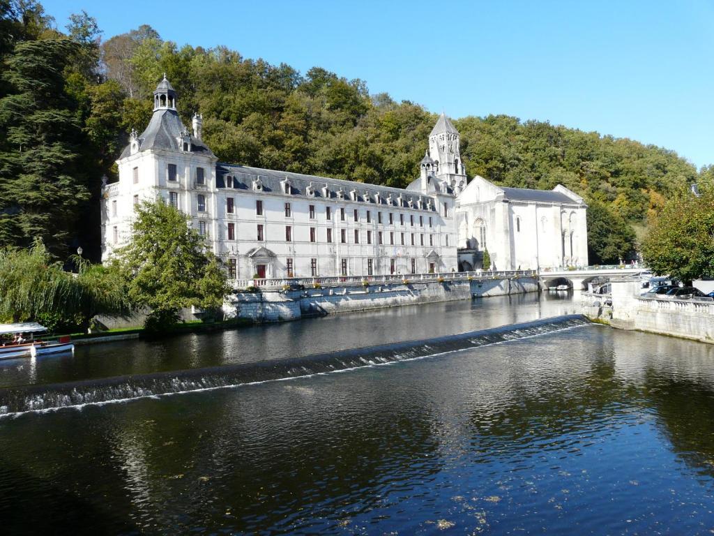 Hotel Tocane Saint Apre