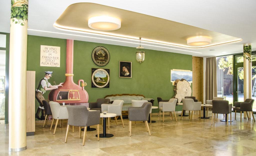 Farny Hotel Restaurant