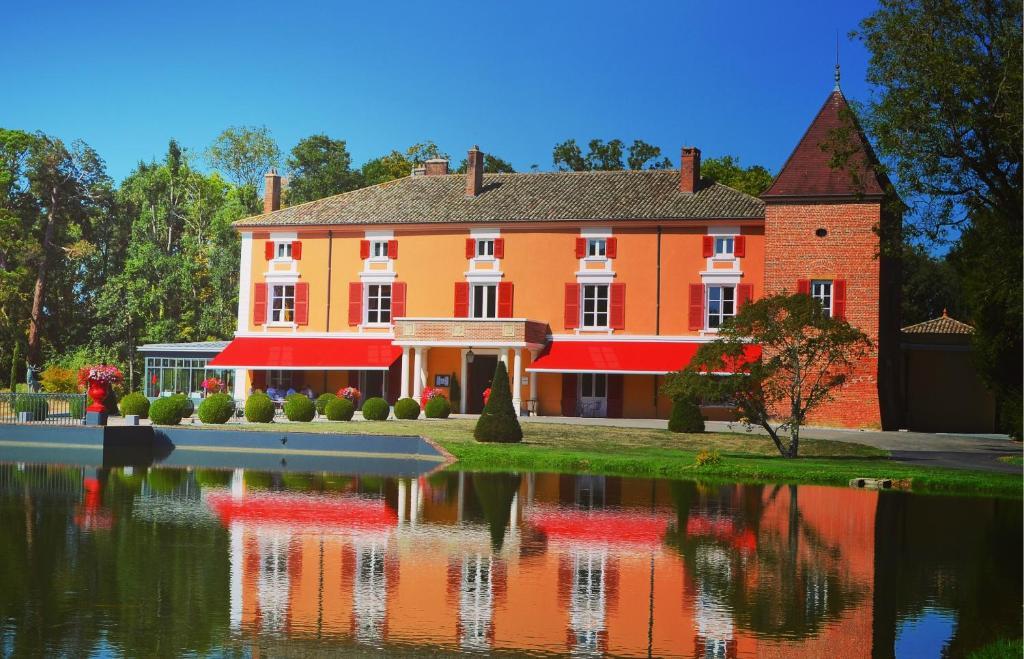 Hotel Du Bois Blanc Vonnas - H u00f4tel du Bois Blanc Relais et Ch u00e2teaux Vonnas book your hotel with ViaMichelin
