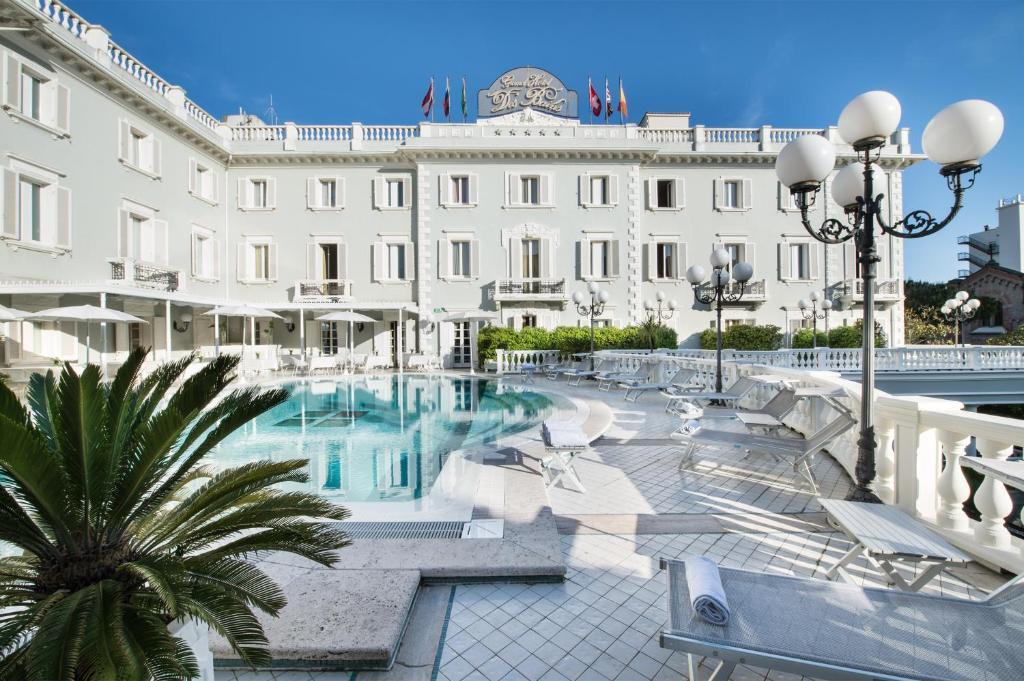 Grand hotel des bains riccione viamichelin informatie for Hotel des bains saillon