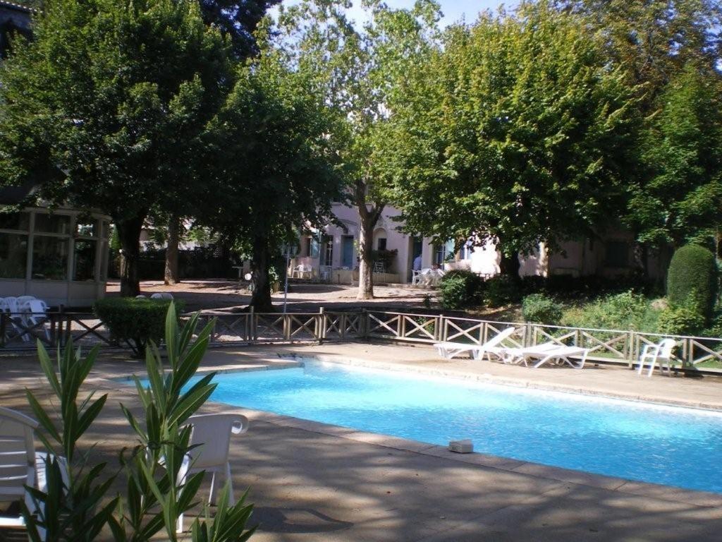 Villa castellane r servation gratuite sur viamichelin for Piscine castellane
