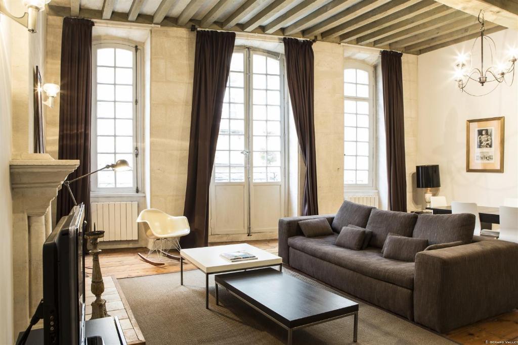 Appartement descazeaux locations de vacances bordeaux for Appartement bordeaux vacances