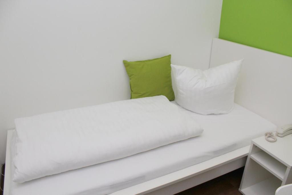 hotel s16 m nchen informationen und buchungen online viamichelin. Black Bedroom Furniture Sets. Home Design Ideas