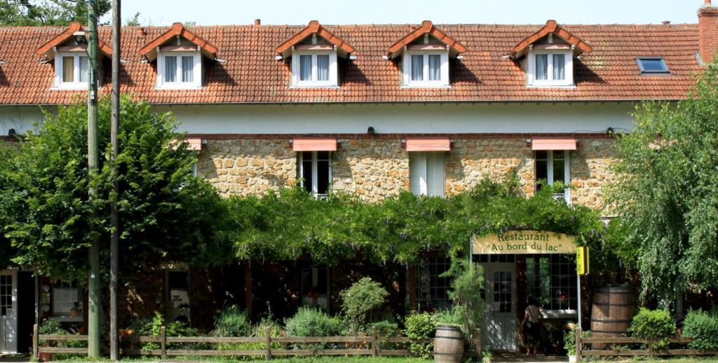 Hotel au bord du lac fran a saint r my l s chevreuse - Piscine saint remy les chevreuses ...