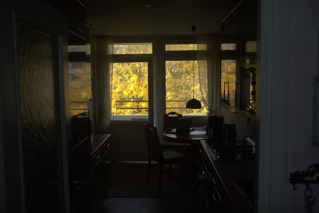 Munich s living room by sarah r servation gratuite sur for Klaus k hotel living room