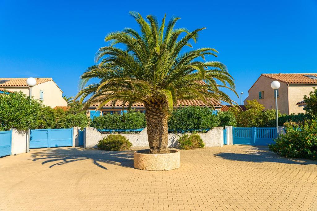 Lagrange vacances les maisonnettes sainte marie la mer - Office de tourisme sainte marie la mer ...