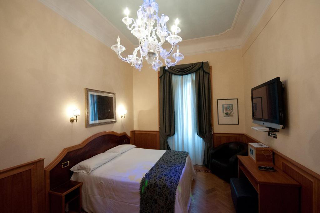 relais conte di cavour de luxe rome viamichelin informatie en online reserveren. Black Bedroom Furniture Sets. Home Design Ideas