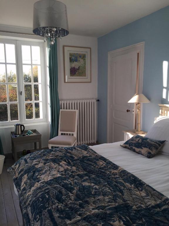 chambres d 39 h tes les colonnes de chanteloup chambres d 39 h tes amboise. Black Bedroom Furniture Sets. Home Design Ideas
