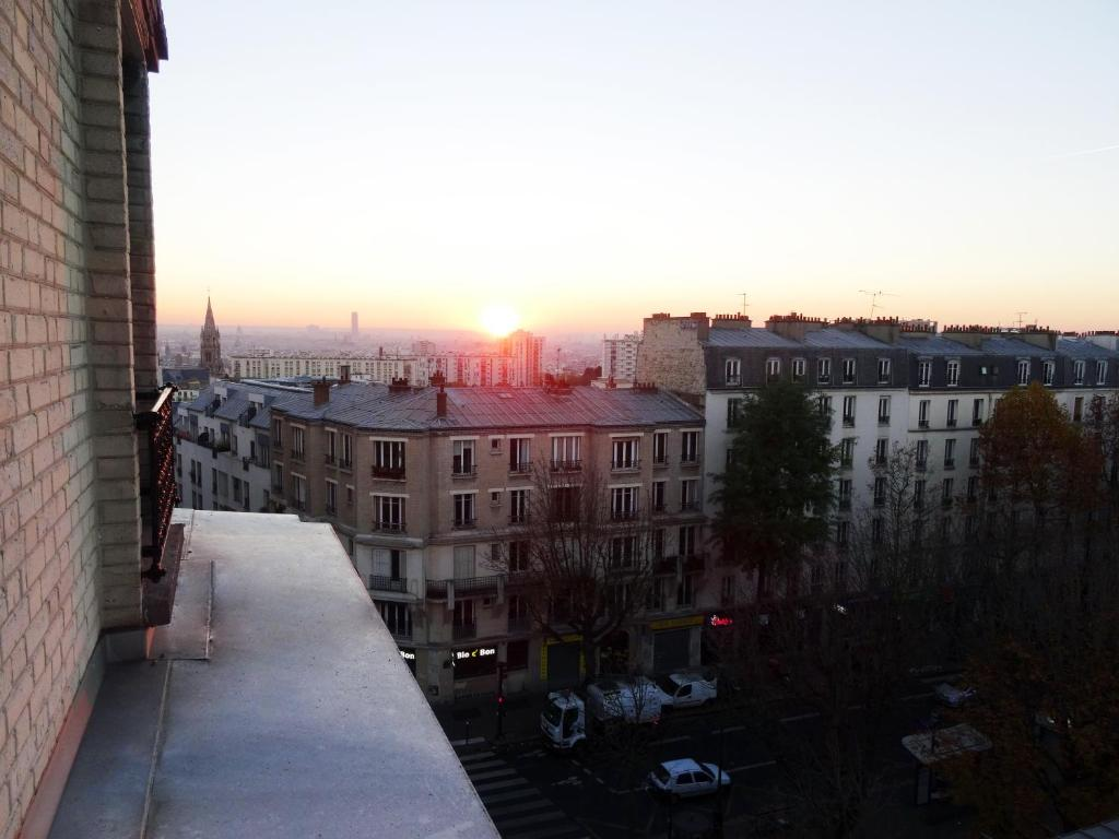 Hotel ermitage paris book your hotel with viamichelin for Seven hotel paris booking