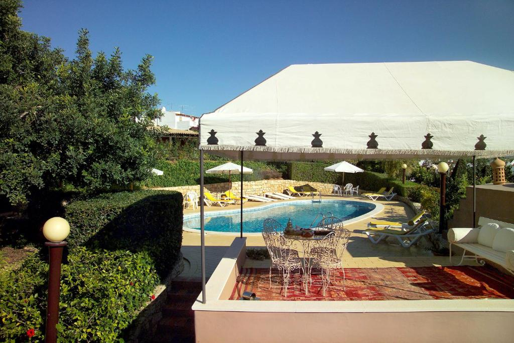 Lageado park albufeira online booking viamichelin Dunfermline hotels with swimming pool