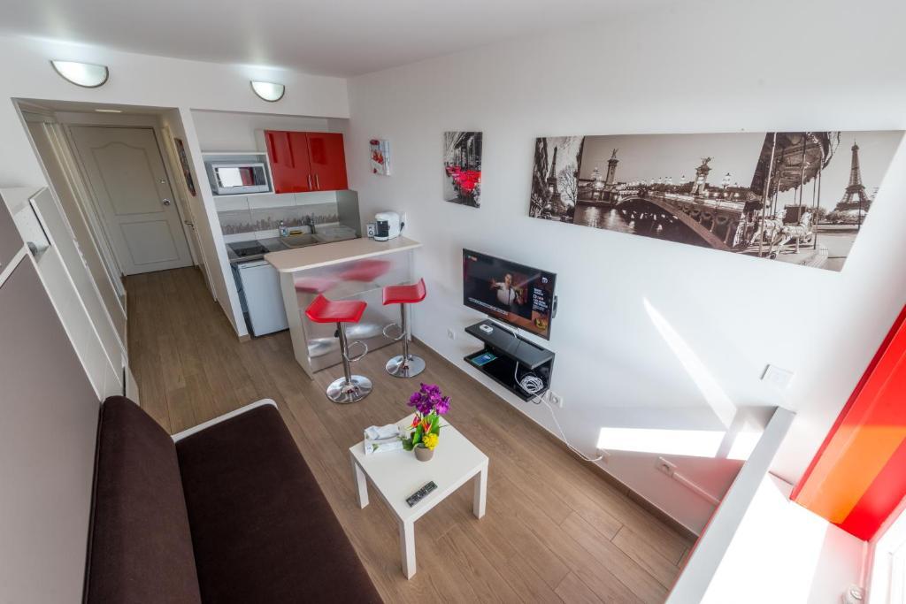 Appartement la d fense studio appartement puteaux en for Appartement atypique hauts de seine