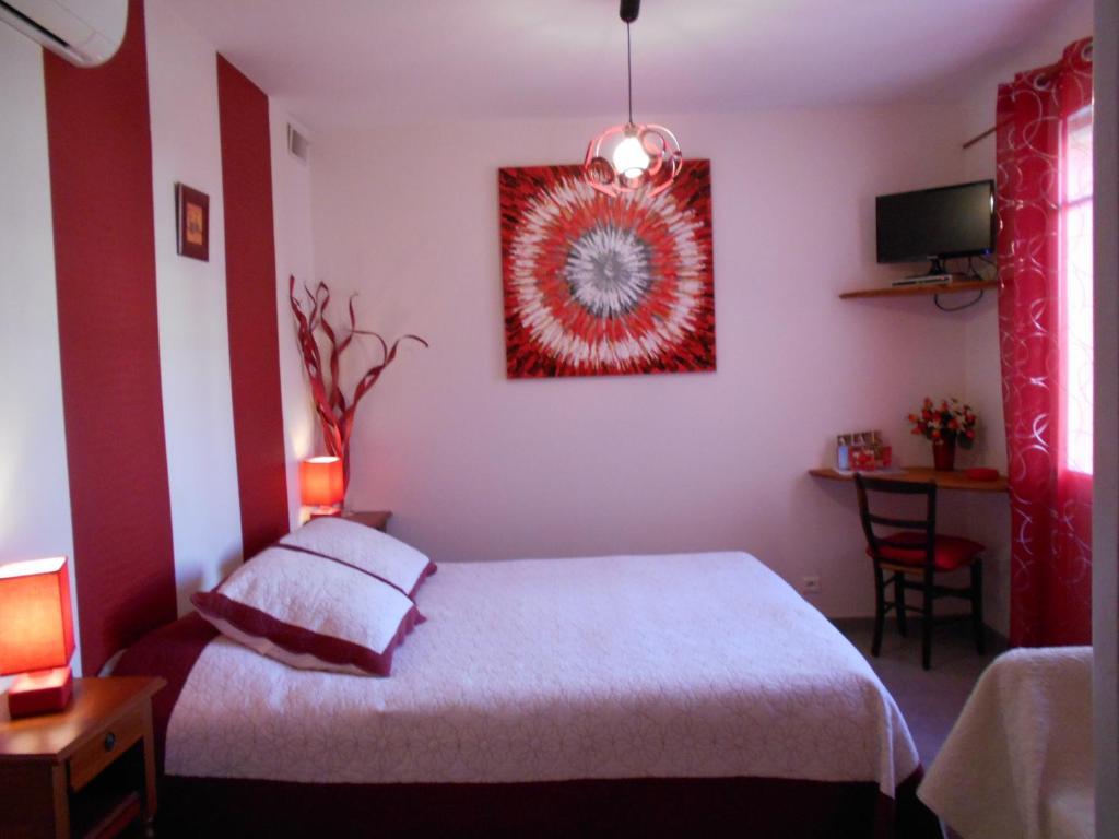 Chambres d\'hôtes Les Tilleuls B&B - Chambres d\'hôtes à Orange dans ...
