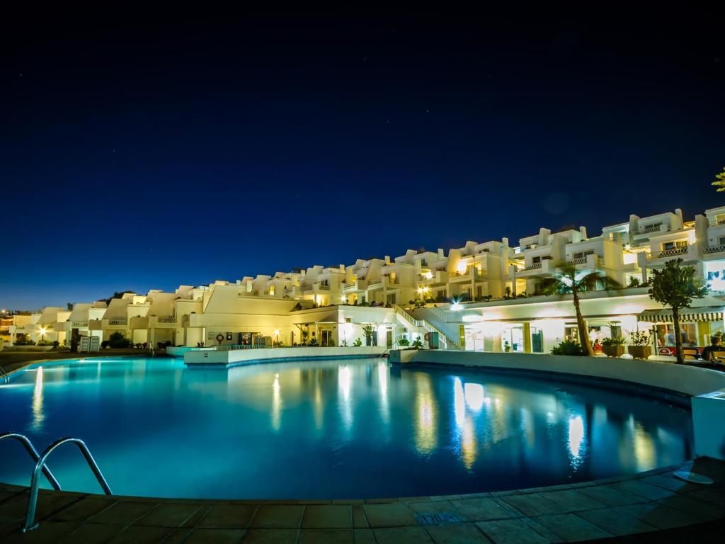 Apartments bellevue apartamentos aquarius apartments in - Apartamentos baratos en lanzarote puerto del carmen ...