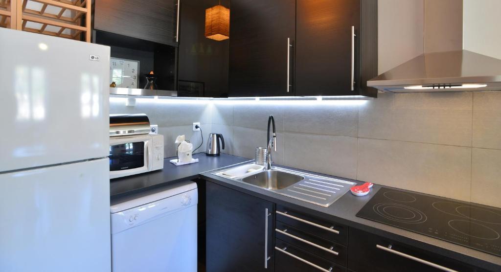 Appartement appart 39 montauban locations de vacances lyon - Ustensiles de cuisine lyon ...