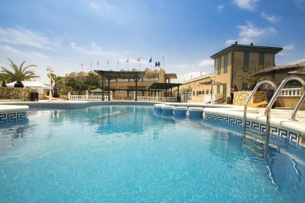 Hotel costa blanca resort rojales book your hotel with - Swimming pool repairs costa blanca ...