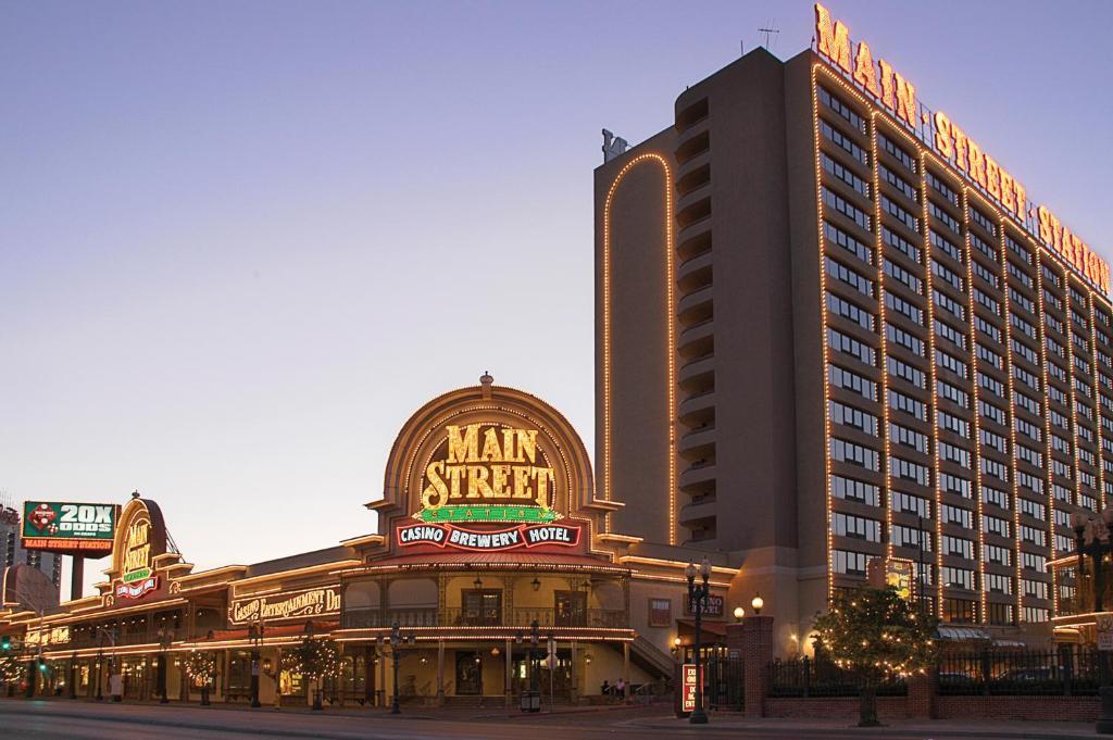 Casino hotel main station street free casino bonus iphone