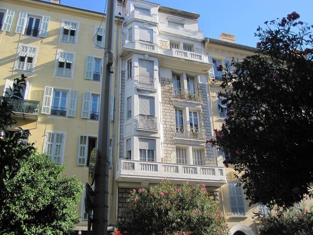 Appartement au centre de nice nice frankrijk for Centre des impots nice exterieur