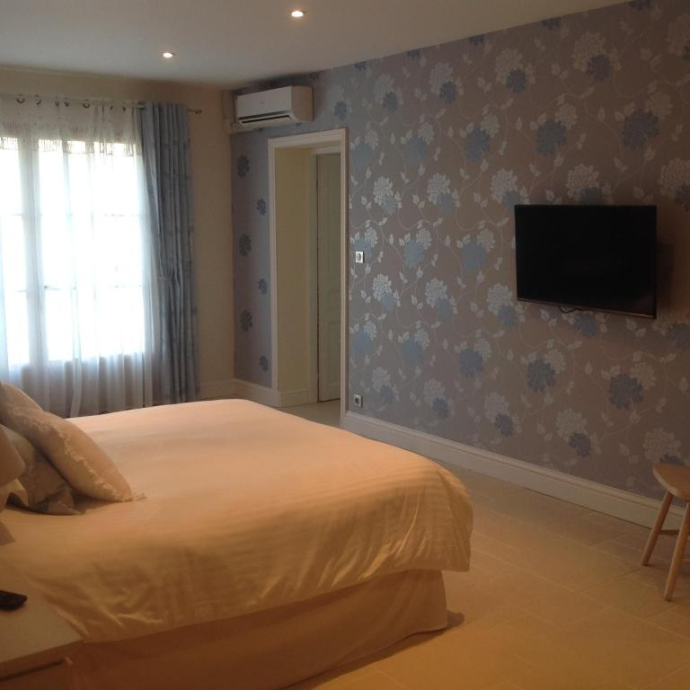 Chambres d 39 h tes poppy 39 s paradise chambres d 39 h tes for Chambre d hotes charente