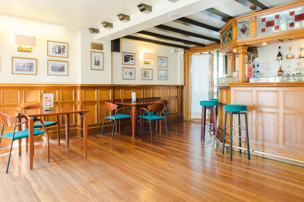 Hotel alameda lasarte online booking viamichelin for Hotels zarautz