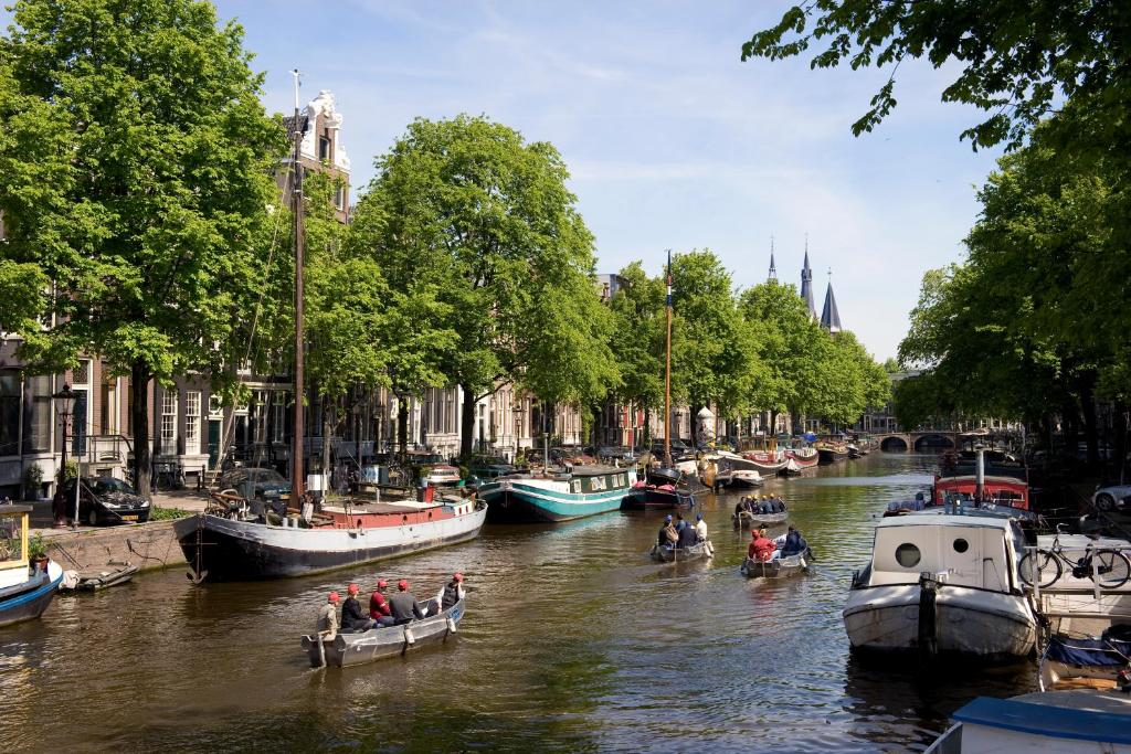 Apollofirst boutique hotel amsterdam online booking for Hotel pas cher amsterdam booking