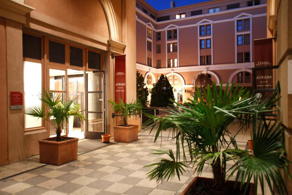 Appart 39 hotel odalys atrium aix en provence for Appart hotel odalys