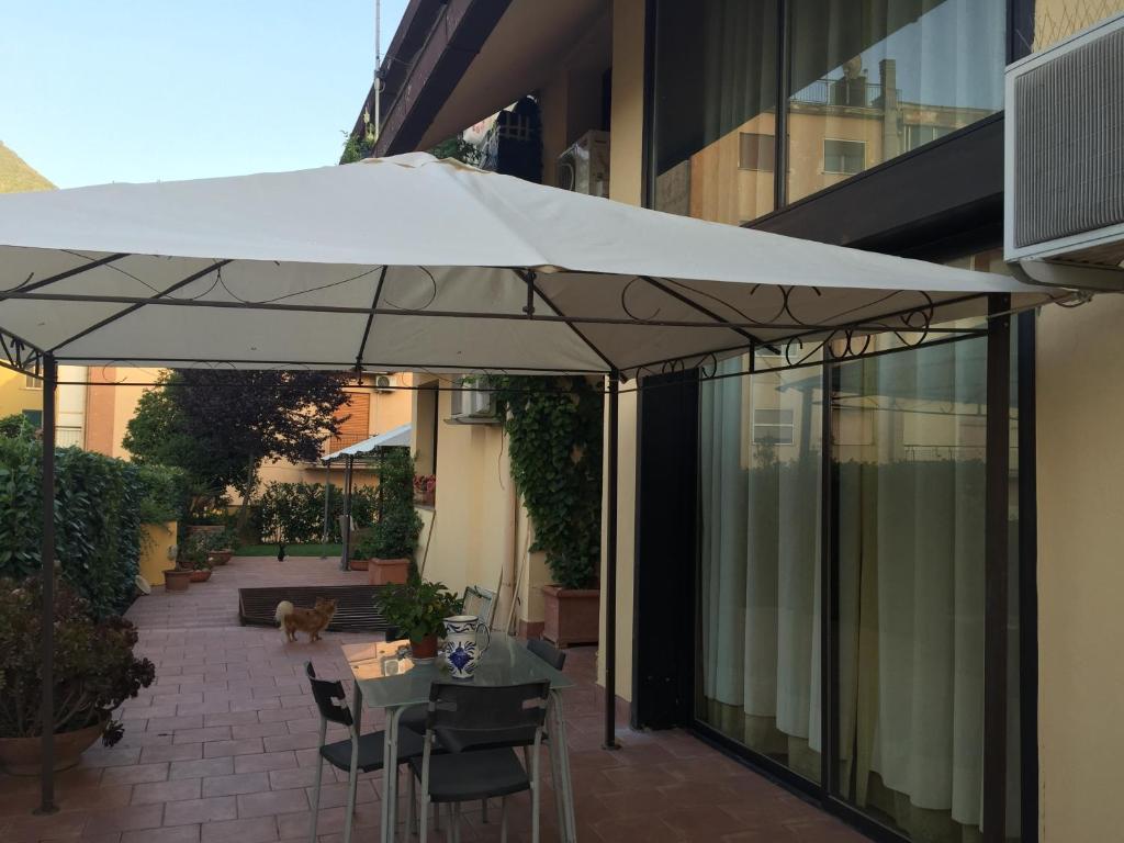 A casa di grace cassino informationen und buchungen for Creatore di piani casa online