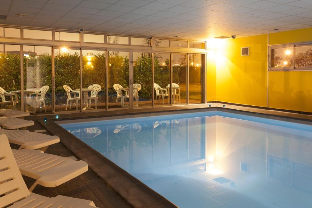 N m a appart 39 hotel toulouse saint martin r servation for Reservation appart hotel