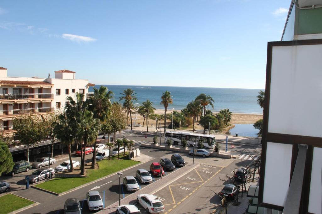 Click booking cambrils playa spa r servation gratuite for Reserver sur booking