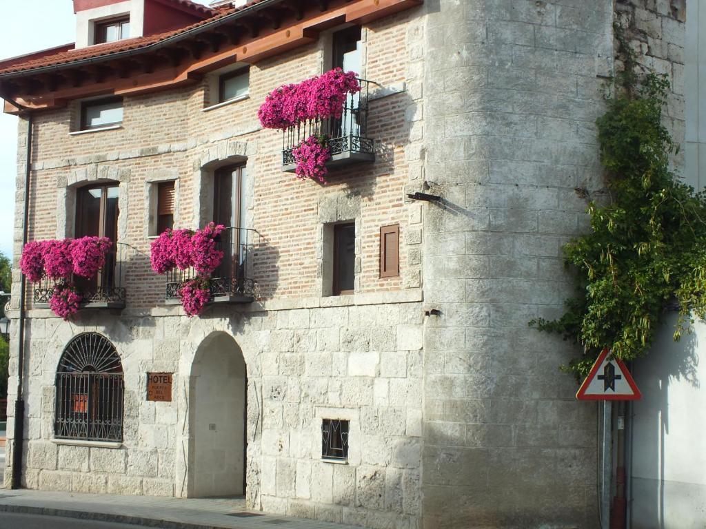 Hotel puerta del arco tudela de duero prenotazione on - Hotel puerta del arco ...