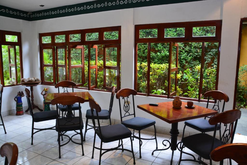 Grand hotel le n reserva tu hotel con viamichelin for Habitaciones familiares leon