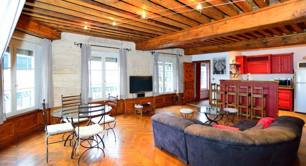 Appartement appart 39 com dia appartement lyon dans le for Appart hotel dans le 95