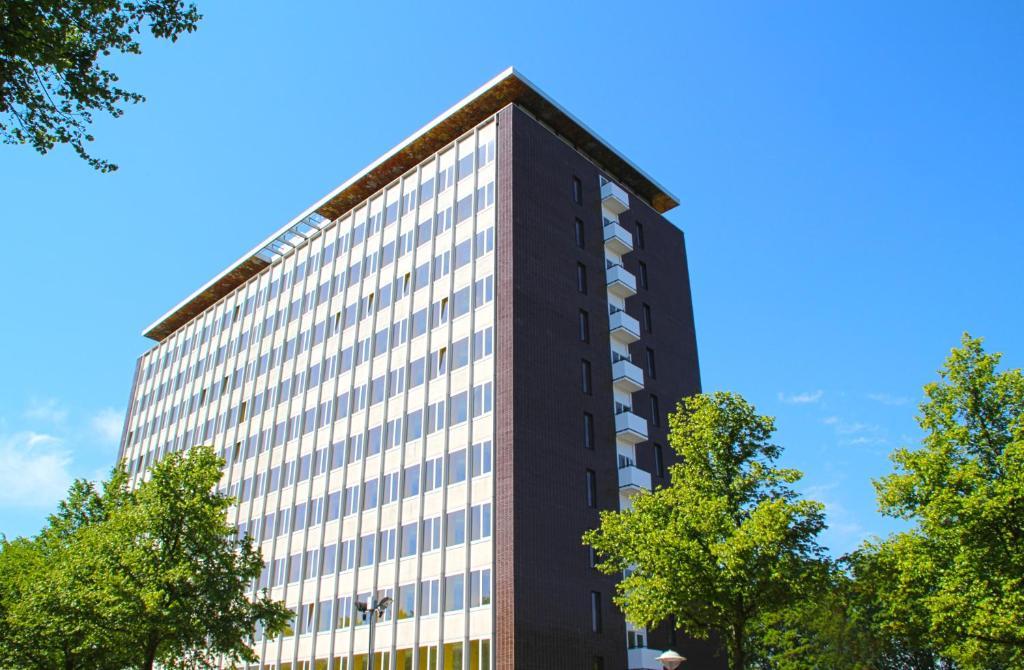 הבניין של האכסניה