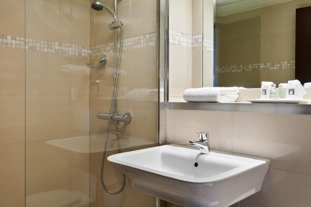 Comfort Hotel Br U00e9tigny Sur Orge