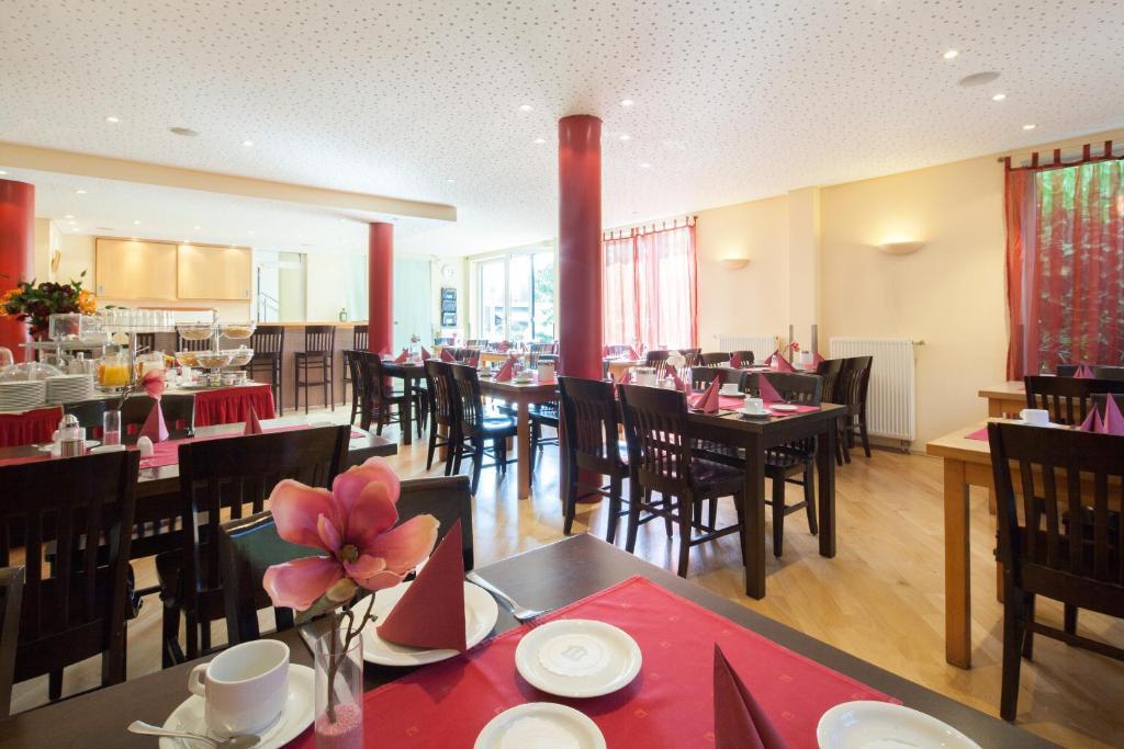 hotel bon prix br hl book your hotel with viamichelin ForHotel Bon Prix