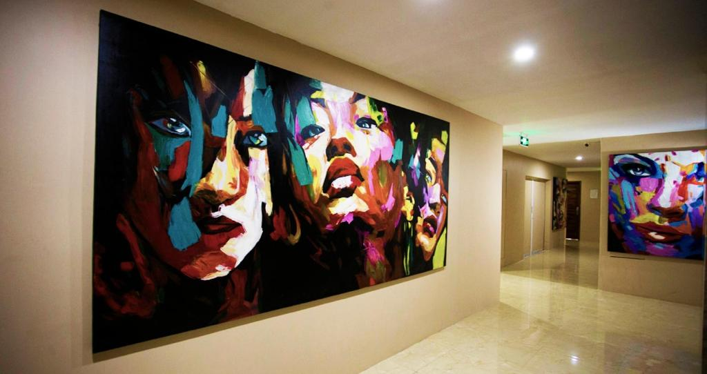 Merchant art boutique hotel yangon book your hotel for Art boutique hotel