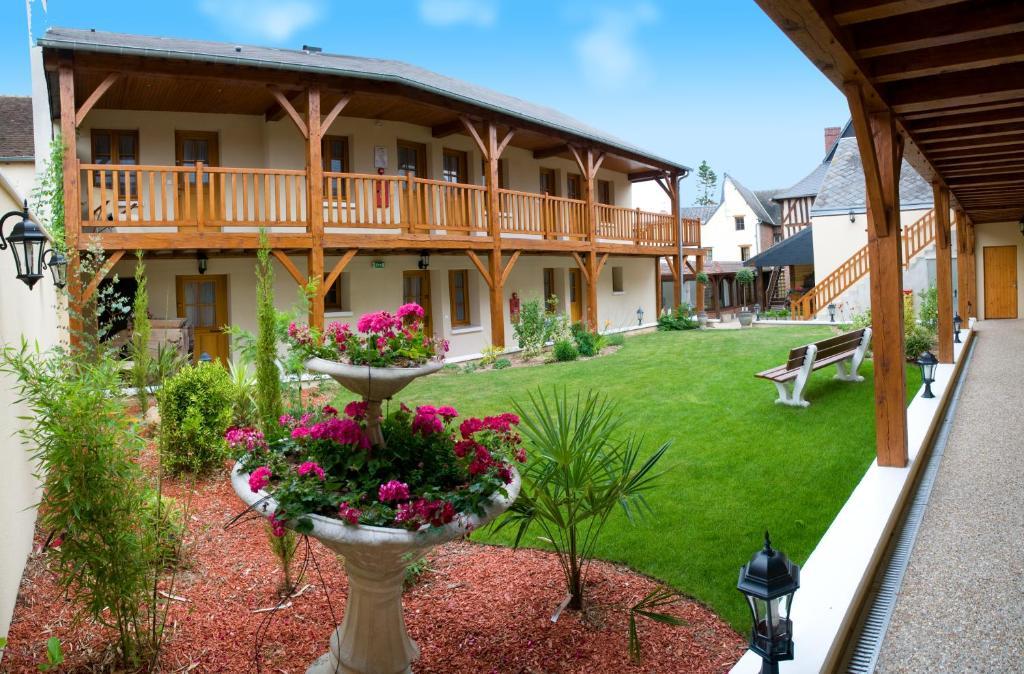 Hotel de normandie conches en ouche for Appart hotel evreux